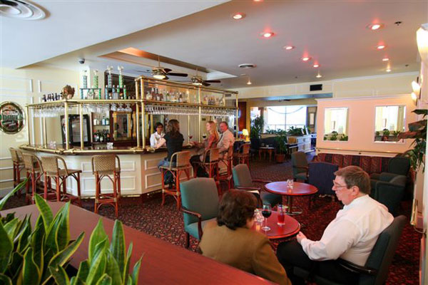 Dorchester Hotel Nanaimo Restaurant